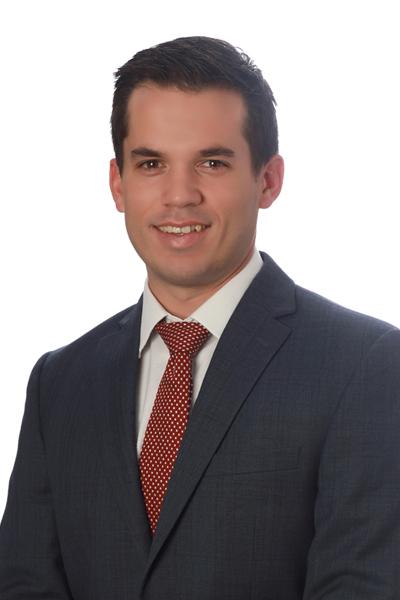 Dr. Liam Knott