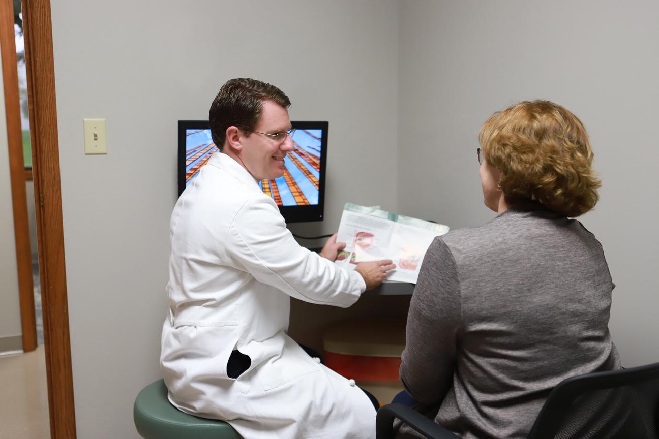 Patient Resources - Doctor talking to patient